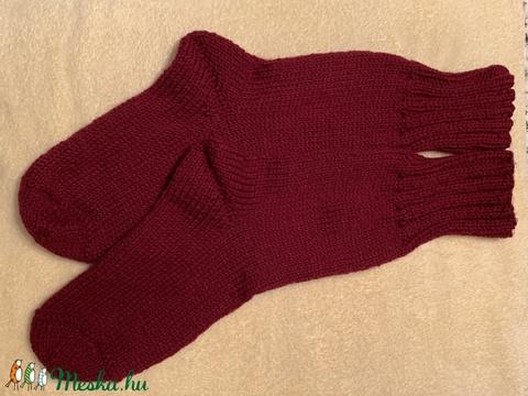 Kézzel kötött meleg zokni. - Meska.hu