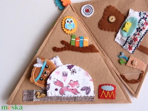 Cuki indián maci sátorban- játszókönyvecske  (Jam81) - Meska.hu