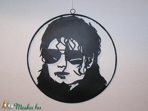 Michael. (jamesz) - Meska.hu