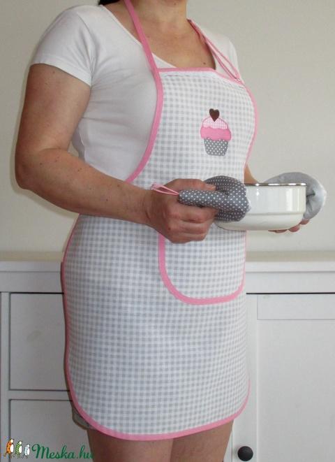 Női kötény + két fülfogó (puncsos muffin) (Juaniita) - Meska.hu