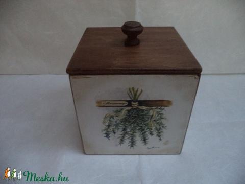 Fűszerek  - Fedeles fa doboz (kamilla112) - Meska.hu