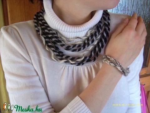 Fekete-fehér fonál nyaklánc szett (Kcsi) - Meska.hu