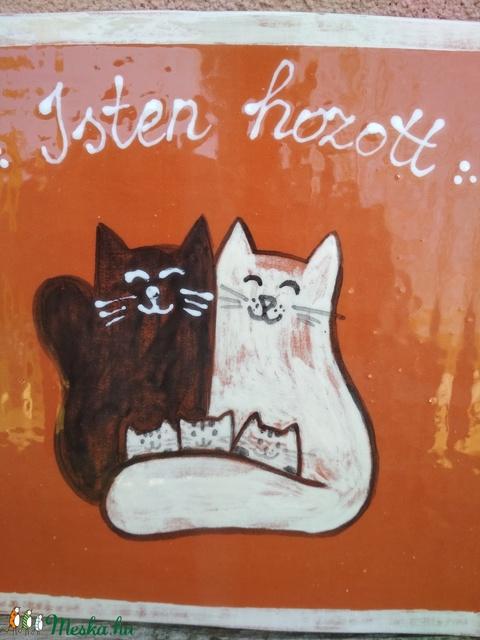 Isten hozott, cicás üdvözlő tábla, kerámia falikép (KeraMici) - Meska.hu