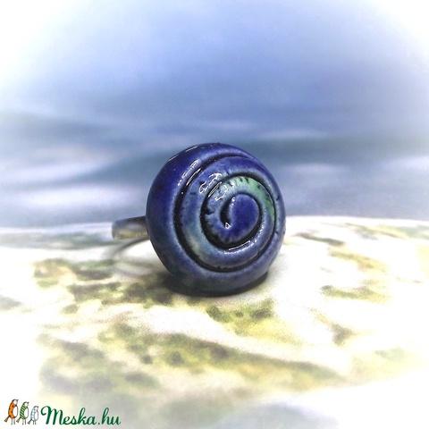 Spirál mintás kék-zöld mázas kerámia gyűrű - Meska.hu