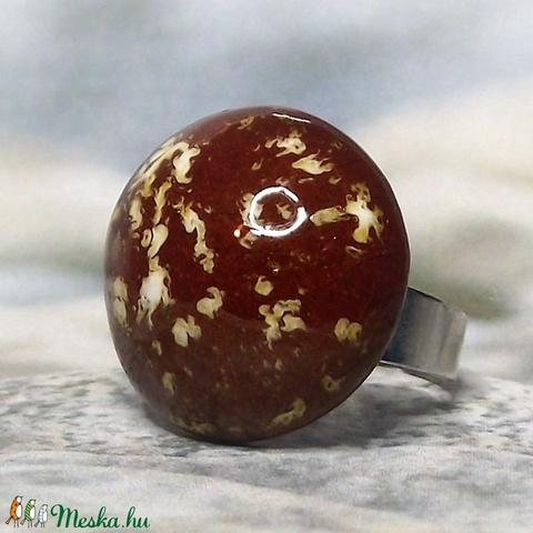 Különleges karamell színű kerámia gyűrű - Meska.hu