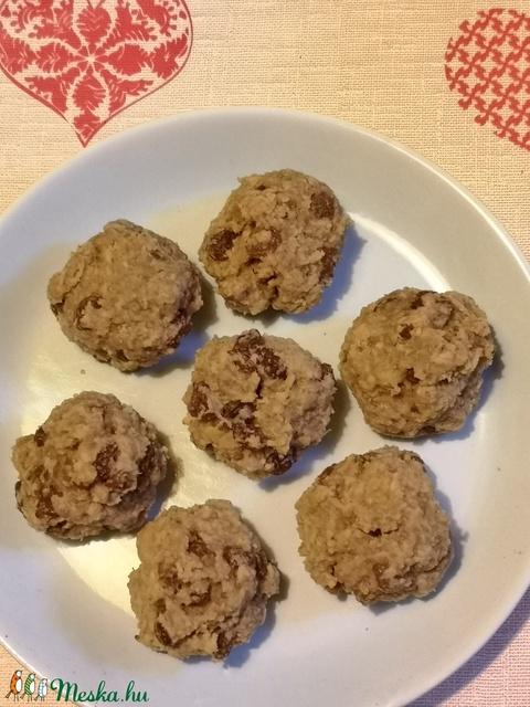 Cukor-tej-tojás mentes Zabpelyhes - Mazsolás süti - Meska.hu