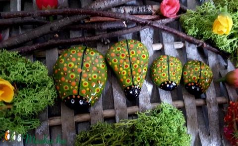 Kreatív játék- kerti-cserepes virág dekoráció Pöttyös Bogár család játszó kavics szett 4 fős - Meska.hu