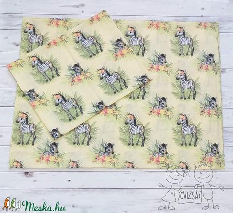 Zebra mintás ovis vagy kisgyermek ágyneműhuzat szett + ovizsák tornazsák szett - Meska.hu