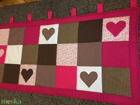 Patchwork falvédő, takaró pink-sötétbarna,  szívecske diszítéssel (kincsesmomka) - Meska.hu