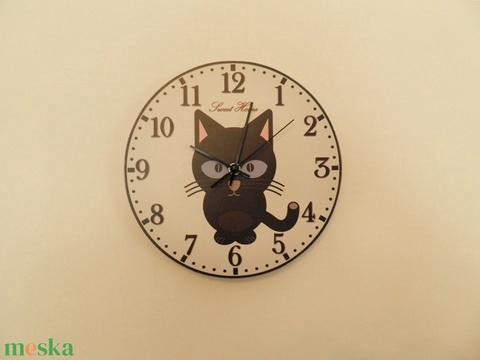 Macskás falióra. (Kiokumitsu) - Meska.hu