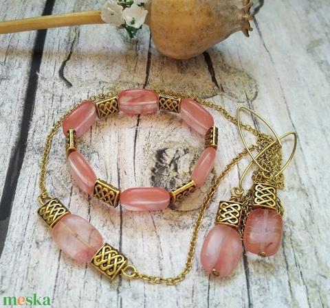 Koncentráció cseresznye kvarc (eperkvarc) ásványgyöngy nyaklánc, karkötő, fülbevaló szett - Meska.hu