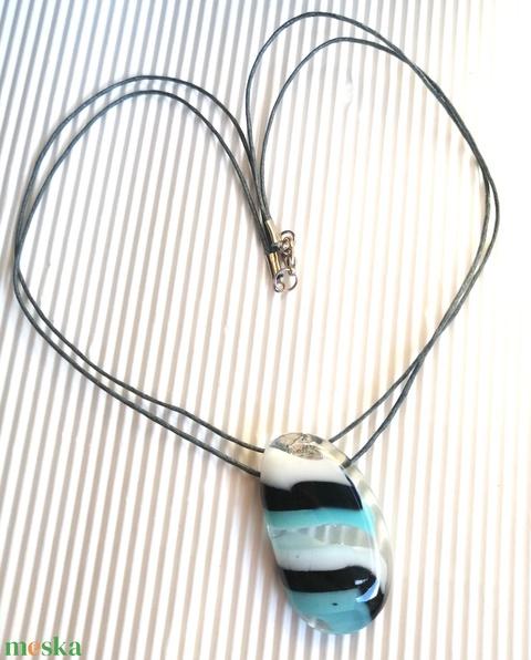 Ékszerüvegből készült nyaklánc (KriszDea) - Meska.hu