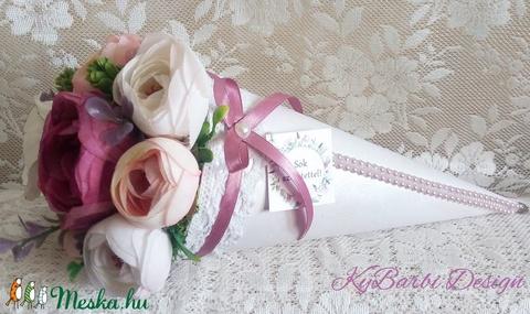 Virágtölcsér - virágcsokor - örökcsokor - névnapja - szülinapra - pedagógusnapra... (KyBarbi) - Meska.hu