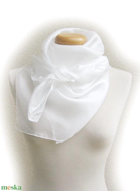 fehér selyemkendő 90x90cm (Laude) - Meska.hu