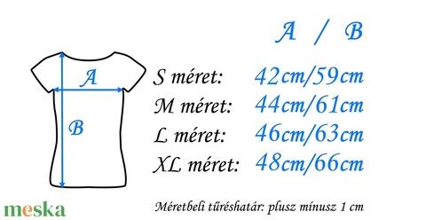 Hímzett kék madárkás matyó póló (Lilifolkbolt) - Meska.hu