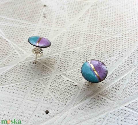 Kék-lila bedugós fülbevaló arany csíkkal tűzzománc pötty fülbevaló 1cm (lineornament) - Meska.hu