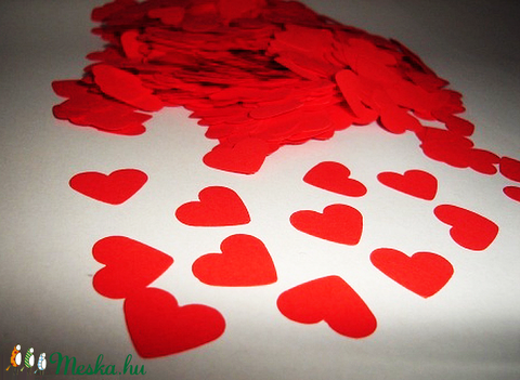 Szív alakú piros papír konfetti (500 db) (Lirian) - Meska.hu