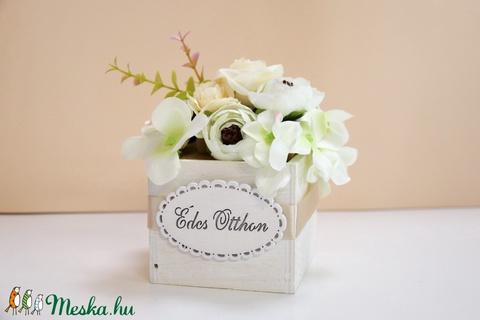 Romantikus rózsabox Édes Otthon felirattal - Meska.hu