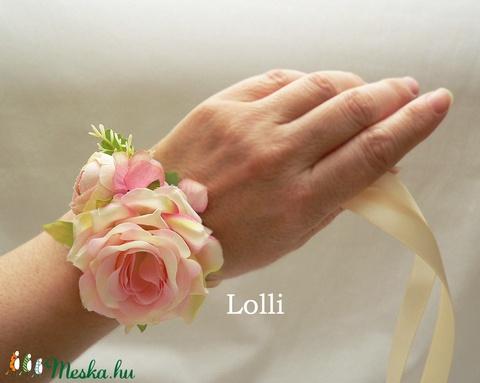 Rózsaszín rózsás csuklódísz esküvőre, szalagavatóra (Lolli) - Meska.hu