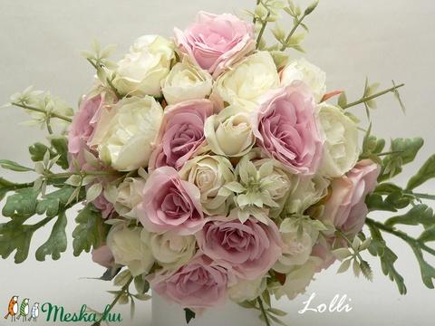 Ekrü-rózsaszín rózsás menyasszonyi örökcsokor (Lolli) - Meska.hu