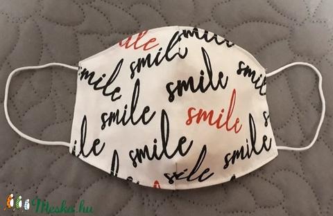 Smile feliratos arcmaszk - többször használatos - két réteg tiszta pamut anyagból készült (Macka) - Meska.hu