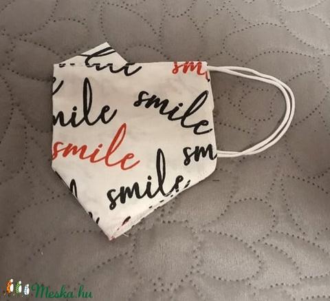 Smile feliratos arcmaszk szemüvegeseknek is :) többször használatos - két réteg tiszta pamut anyagból készült  (Macka) - Meska.hu