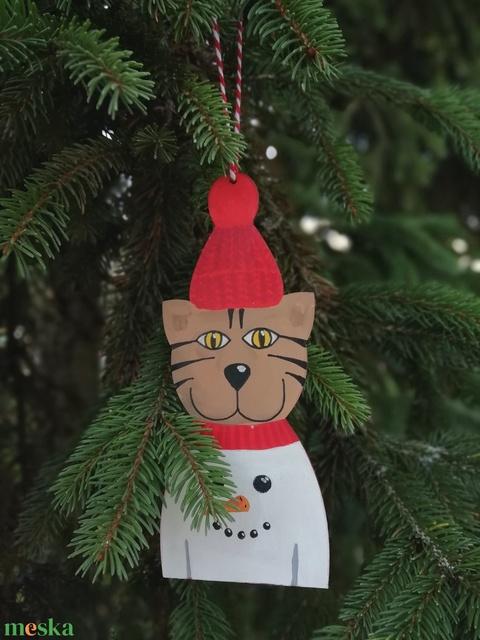 Hóemberes pulcsis cica karácsonyfadísz (MadeinDia) - Meska.hu