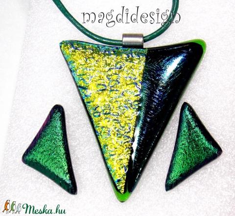 Smaragd-arany  üvegékszer szett, nyaklánc, stiftes fülbevaló - Meska.hu