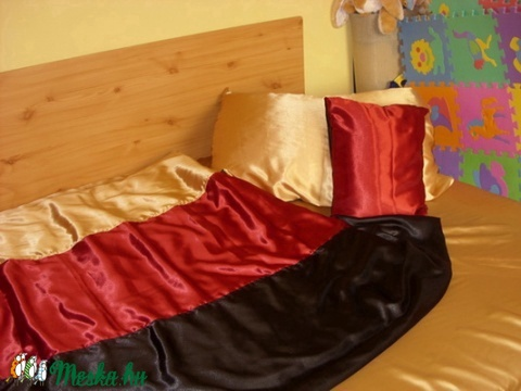 3 db-os szastén ágynemű szett - 3 színű - Meska.hu