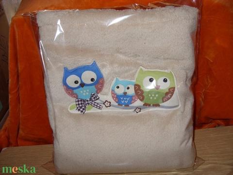 Málnácska bab takaró - 3D  - masnis macis - többféle és színben remdelhető (MamaMariko) - Meska.hu