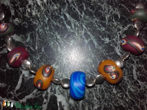 Polymer clayből készített gyöngyökkel született lánc (mariannaetelka) - Meska.hu