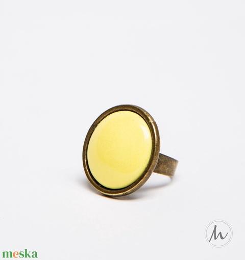Kanári sárga kerek tűzzománc gyűrű - Meska.hu
