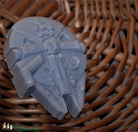 Star wars szappan Ezeréves Sólyom alakban egyedi különleges ajándék szülinapra névnapra (medalin) - Meska.hu