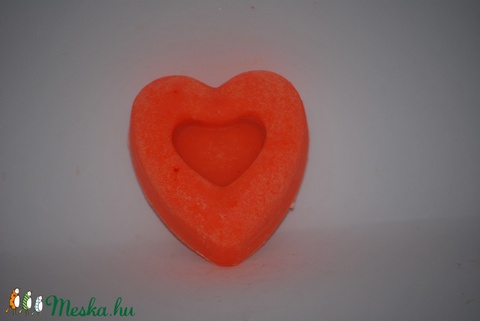 Szappan frangipani virág illattal kókusztejesen neon narancs színnel ajándék szülinapra névnapra (medalin) - Meska.hu