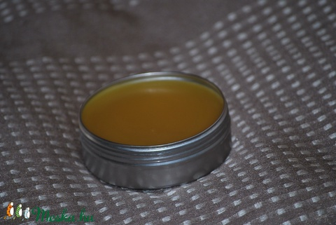 Meggymagolajos balzsamos testvaj egyedi különleges természetes mentes ajándék szülinap névnap (medalin) - Meska.hu