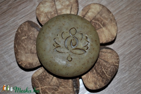 Gyógynövényes natúr vegán sampon szappan természetes környezettudatos egyedi ajándék születésnapra névnapra alkalomra is (medalin) - Meska.hu