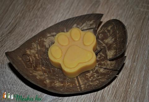 Vegán természetes szappan gyerekeknek, érzékeny normál vegyes száraz zsíros bőrre egyedi ajándék születésnapra névnapra (medalin) - Meska.hu