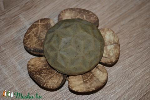 Természetes sampon szappan viszkető, irritált, korpás, érzékeny, problémás fejbőrre ayurvédikus környezettudatos ajándék (medalin) - Meska.hu