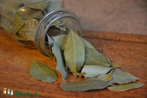 Babér és olíva olajos Aleppo szappan Holt-tengeri iszappal és zöld agyaggal egyedi ajándék szülinapra névnapra is (medalin) - Meska.hu