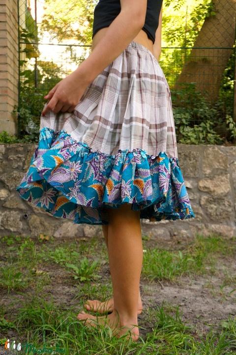 Upcycled újrahasznosított szoknyából készült szoknya - Meska.hu