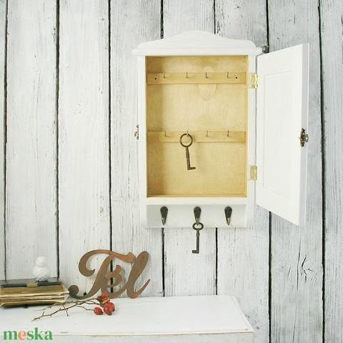 Kulcstartó szekrény, házi áldás - Meska.hu