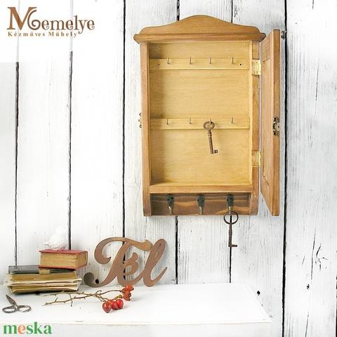Kulcstartó szekrény, kulcsos szekrény, szarvas (Memelye) - Meska.hu