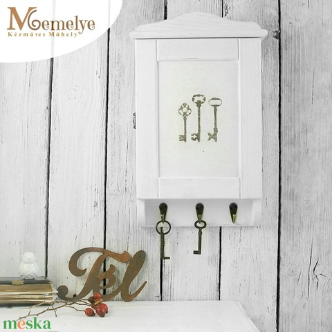 Vintage kulcstartó szekrény  (Memelye) - Meska.hu
