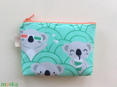Panda maci a moziban mintás, türkiz zöld színű irattartó,  pénztárca - Húsvétra - Meska.hu