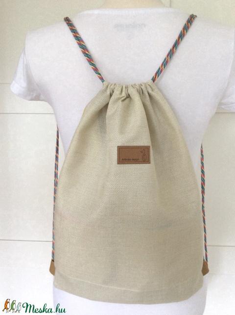 Unikornis angyal gördeszkázik - gymbag hátizsák, belső zsebbel és kulcstartó párttal - Artiroka design (Mesedoboz) - Meska.hu