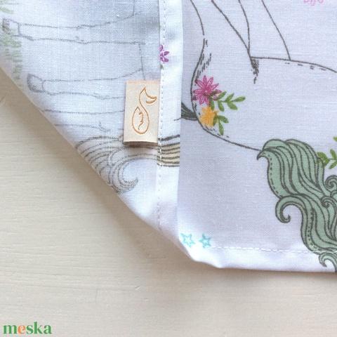 Unikornis mintás, pamut textil zsebkendő - színátmenetes M monogrammal hímezve - Artiroka design - Meska.hu