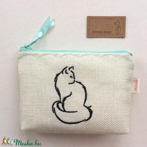 Egyedi hímzett, cica mintás irattartó pénztárca, natúr színben - macska -  Artiroka desig  - Meska.hu