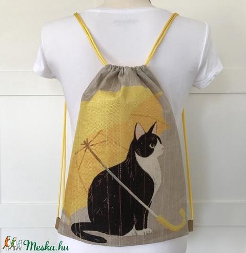 Cica sárga esernyővel mintás, vízlepergetős hátizsák, ovis zsák, edzéshez, úszáshoz, kiránduláshoz - Artiroka design (Mesedoboz) - Meska.hu