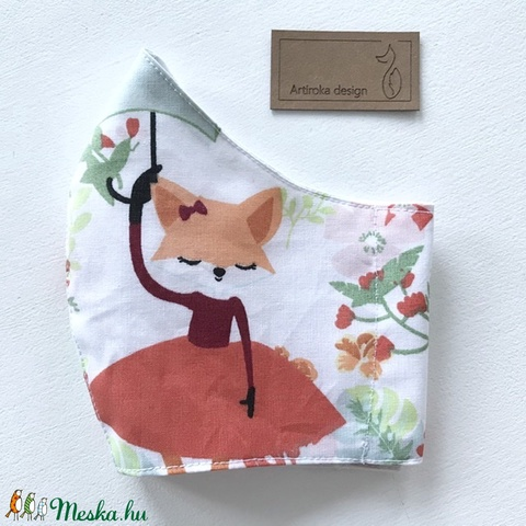 Róka piros szoknyában a virágos réten -  arcmaszk, szájmaszk, gyerekmaszk, maszk  - Artiroka design - Meska.hu