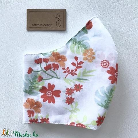 Róka piros szoknyában a virágos réten -  arcmaszk, szájmaszk, maszk - Artiroka design (Mesedoboz) - Meska.hu